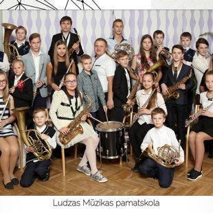 Pūtēju orķestris (ped. R.Seņkovs)