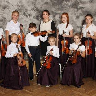Vijolnieku ansamblis (ped.Elvīra Jakovļeva)