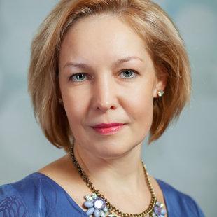 Ērika Piterāne - klavierspēles nodaļas vadītāja