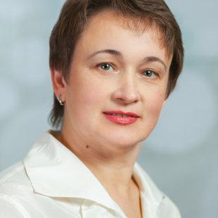 Elvīra Jakovļeva - vijoļspēles nodaļas vadītāja