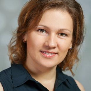 Evita Podoļeca - kora vadītāja, direktora vietniece