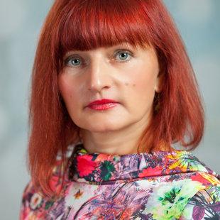 Aija Razumovska - kora klases nodaļas vadītāja